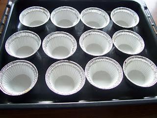 Una pincelada en la cocina magdalenas de almendra - Moldes papel magdalenas ...