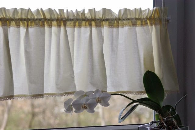 firanka do okna , co do kuchennego okna, zazdroski do kuchni, okno kuchenne, kuchenne okno, zazdroski z koronką