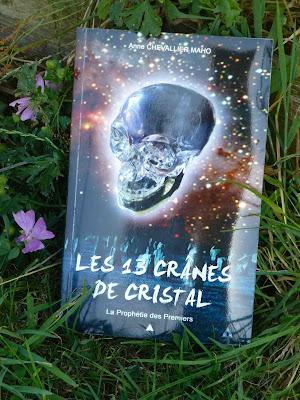 La prophétie des premiers Les 13 crânes de cristal