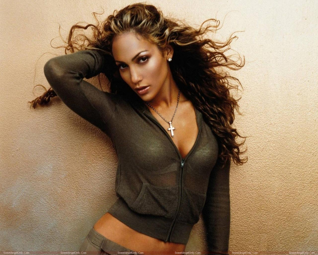 http://3.bp.blogspot.com/-VAbyvD5KhSI/TWz-s6hpdUI/AAAAAAAAEv4/wX5VSXXNrtw/s1600/actress_jennifer_lopez_hot_wallpapers_in_bikini_sweetangelonly_22.jpg