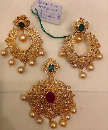 Uncut Diamond Pendant And Chandbali Earrings