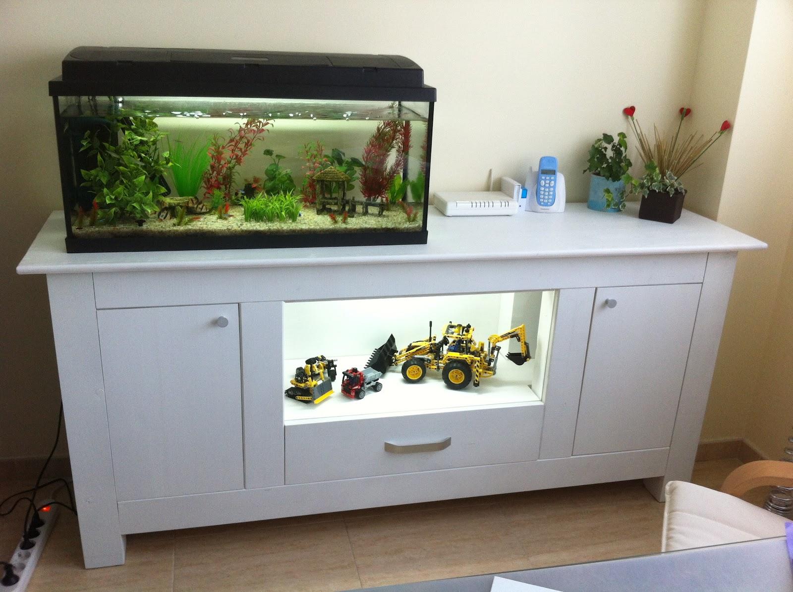 Mis inventos aparador con vitrina para acuario - Pecera con mueble ...