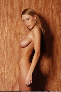 Naughty Girl - sexygirl-karina5_21-706503.jpg