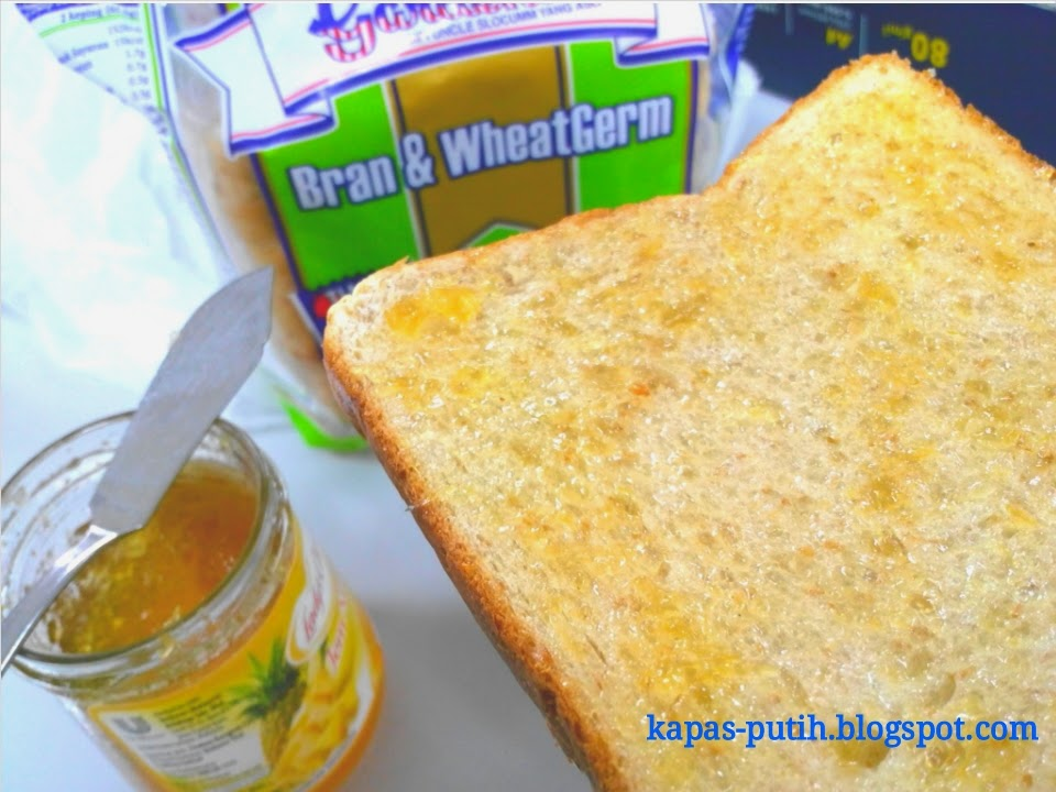 Bread with Pineapple Jam