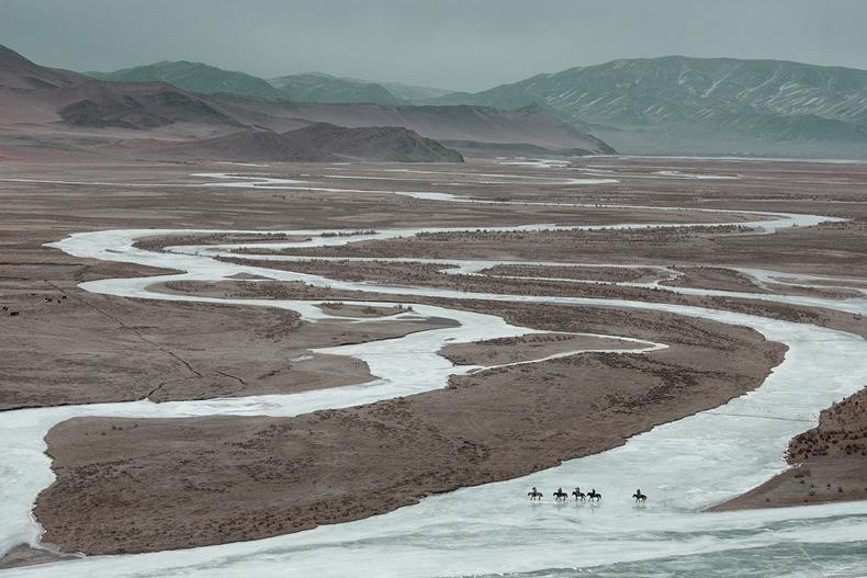 caballos águilas Kazajos mongolia