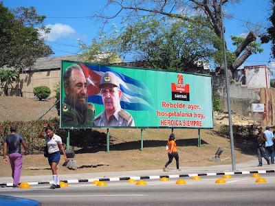 Santiago de Cuba billboard message