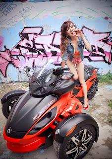 Người đẹp sexy bên siêu xe Moto, hot girl Mai Tho