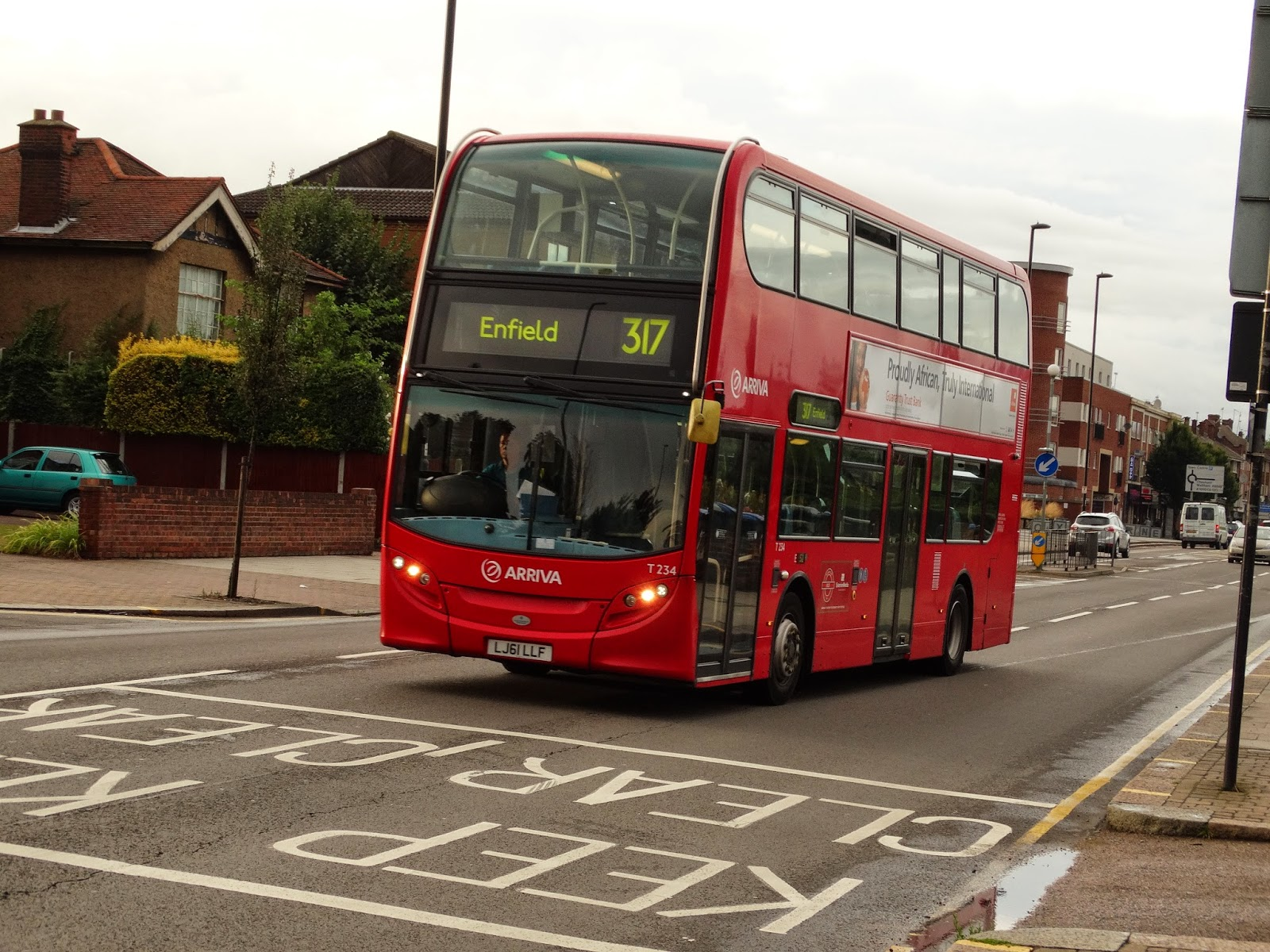 london connected: gallery: routes 300-399