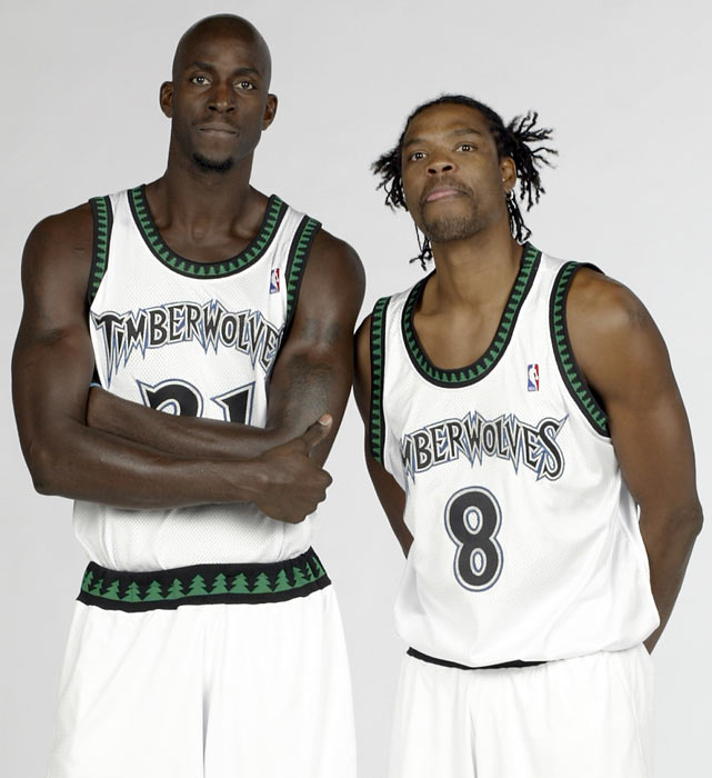 Latrell Sprewel... Kevin Garnett Shoes Timberwolves