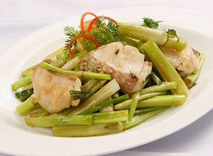 Cách làm món cá lóc xào rau cần nước NGON!
