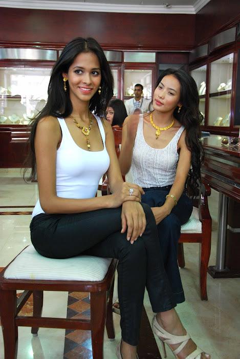 femina miss india finalist at maya store actress pics