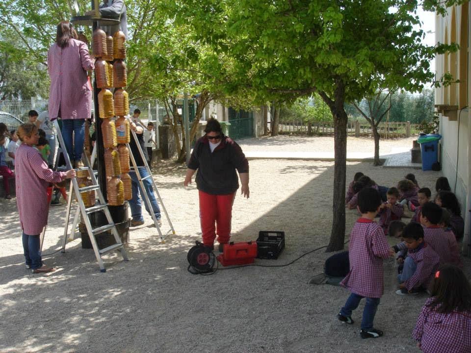 Tomar na rede: escola de valdonas constrói tabuleiro gigante