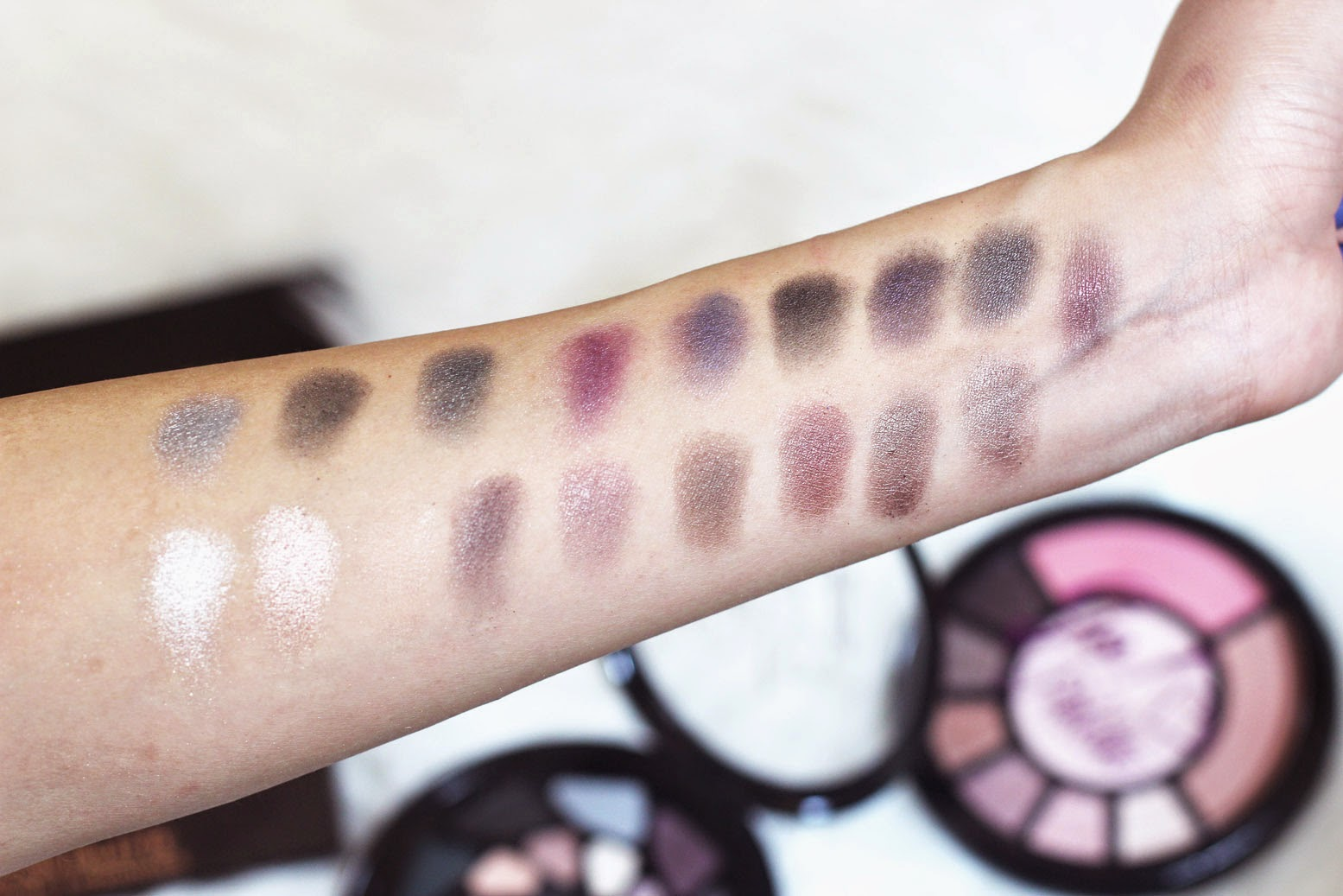 Swatches of the Makeup Revolution I Heart Makeup Go to Hell! Palette