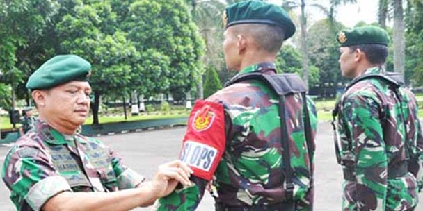 tni, tentara nasional indonesia, militer indonesia