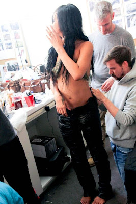 Rihanna-Shares-T*pless-photo-From-Where-Have-You-Been