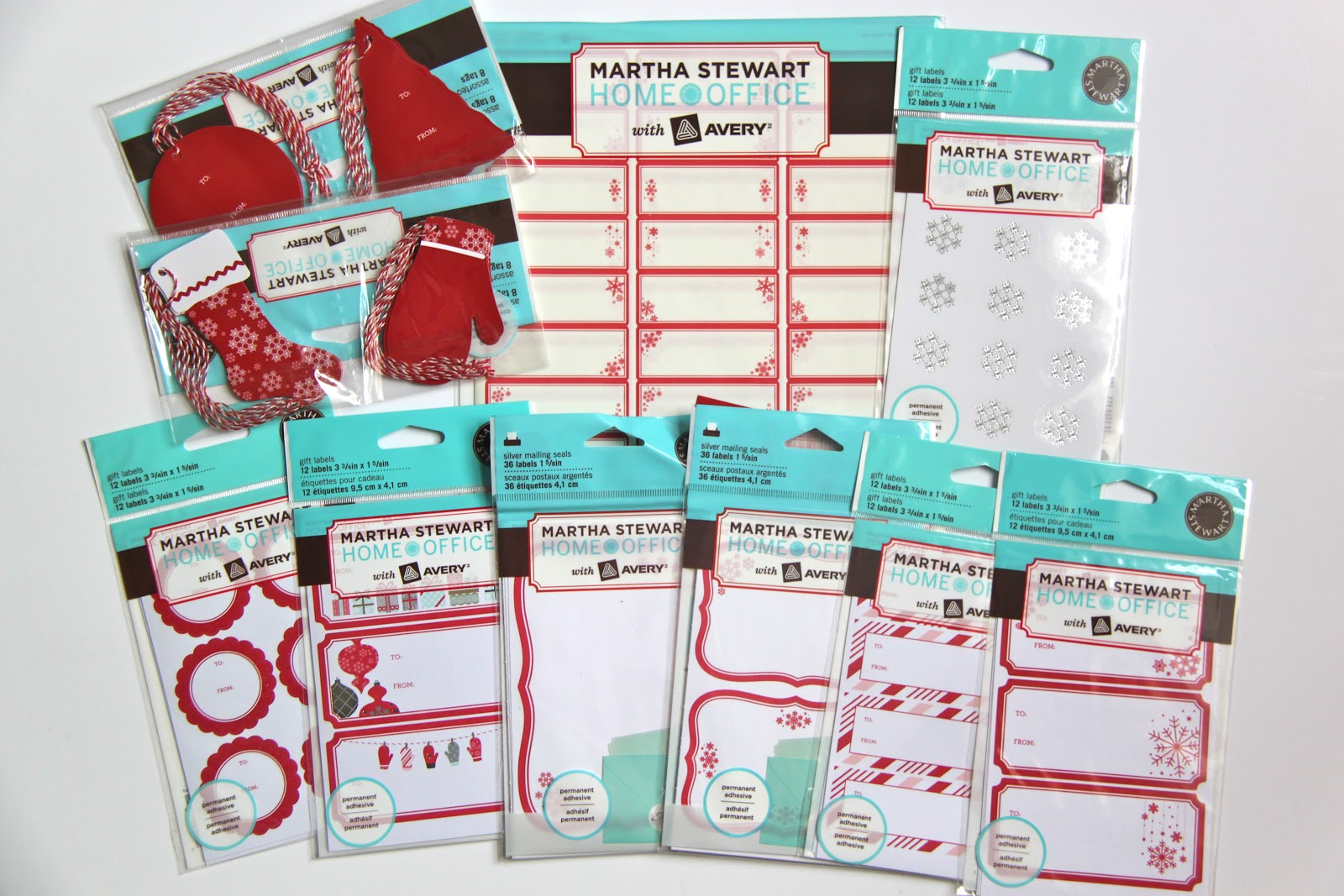 Diy christmas cards and kraft paper envelopes tutorial smashed the martha stewart home office with avery line sold exclusively at staples also has mailing labels gift tags and pretty holiday stickers that would negle Choice Image