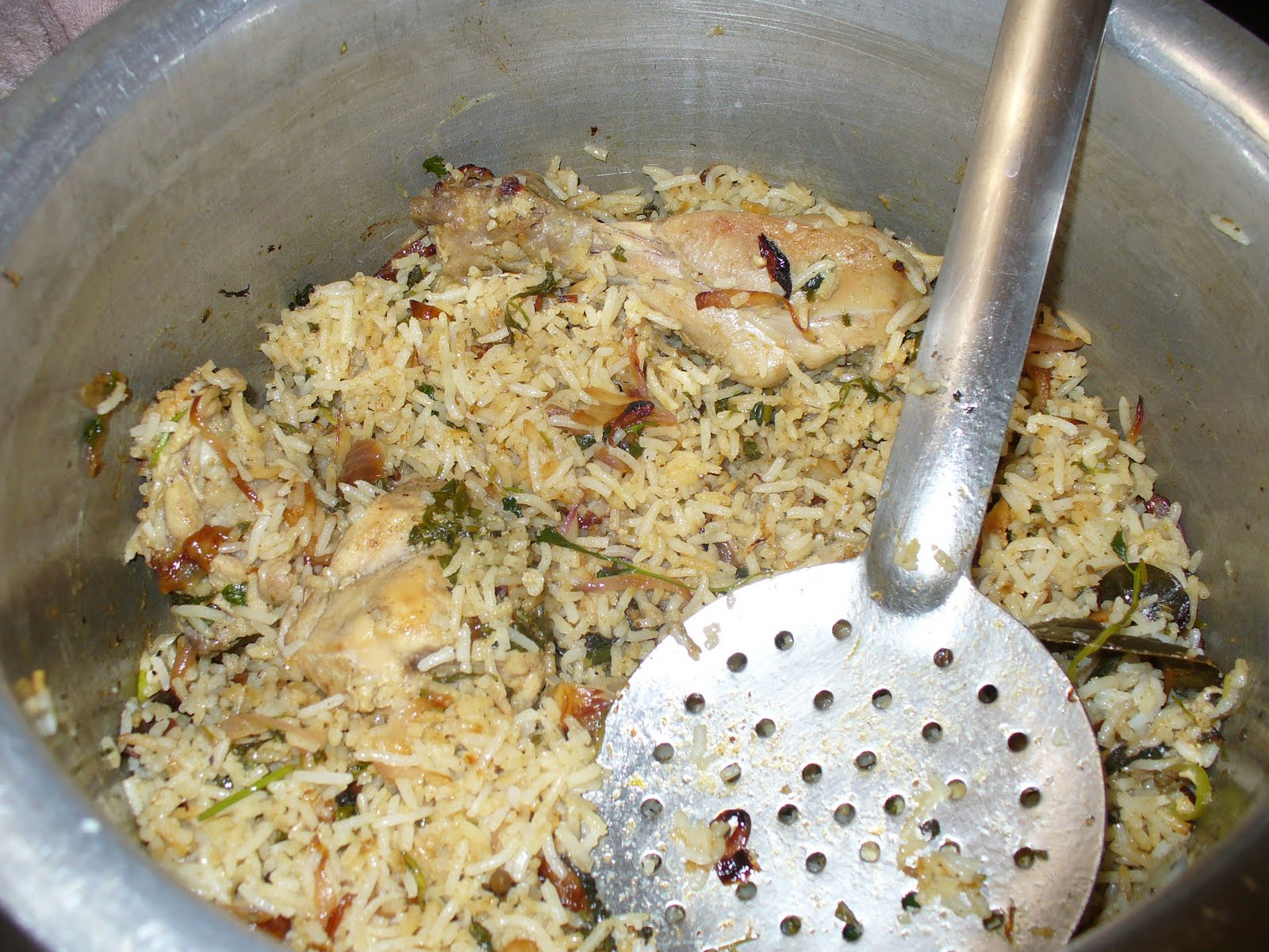 ... flavours to your Lives: Yakhni Murg Nawabi Pulao - Awadh Cuisine