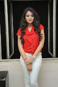 Nikitha Narayan Glam pix-thumbnail-5