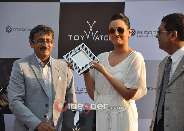 Sonakshi Sinha Once Upon a Time in Mumbai 2