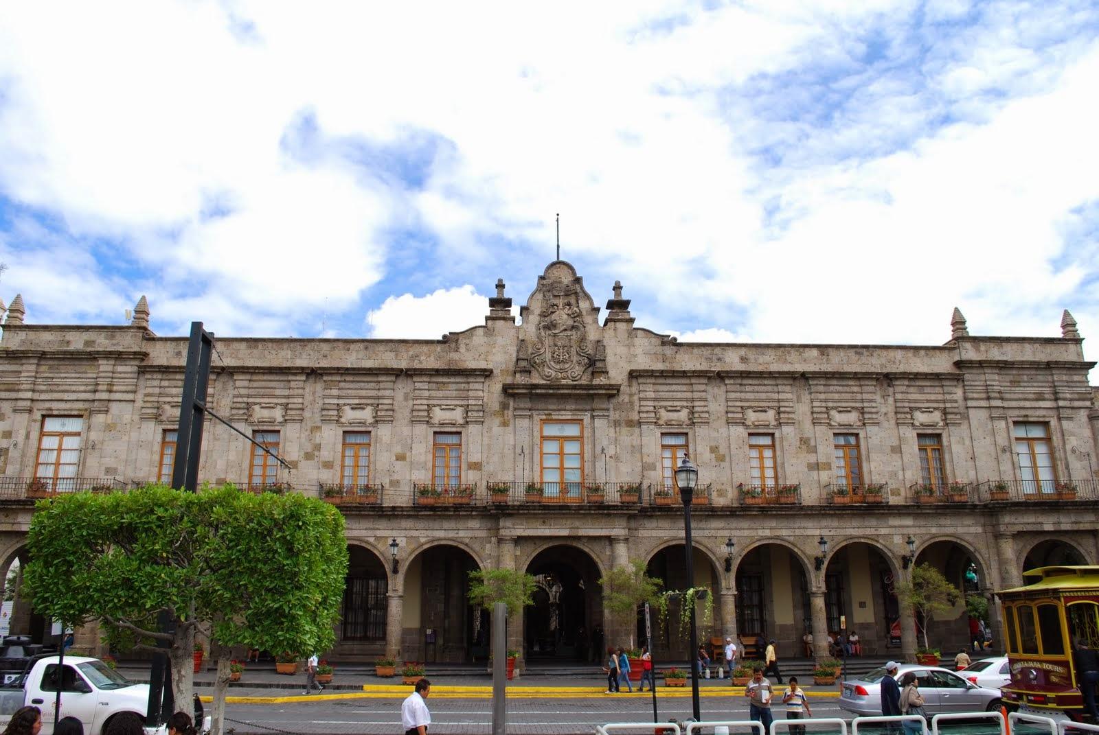 Guadalajaratur stica palacio municipal de guadalajara for Oficinas del ayuntamiento