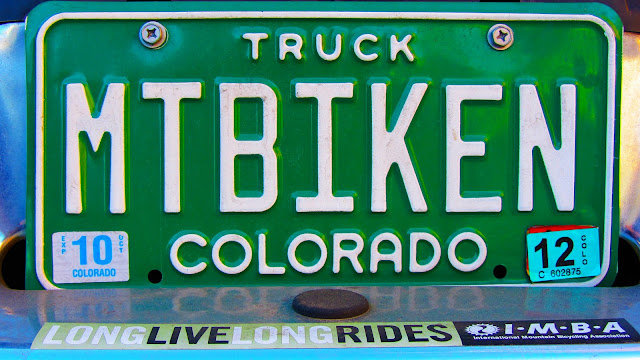 A great personalized license plate in Colorado that says 'MTBIKER'.