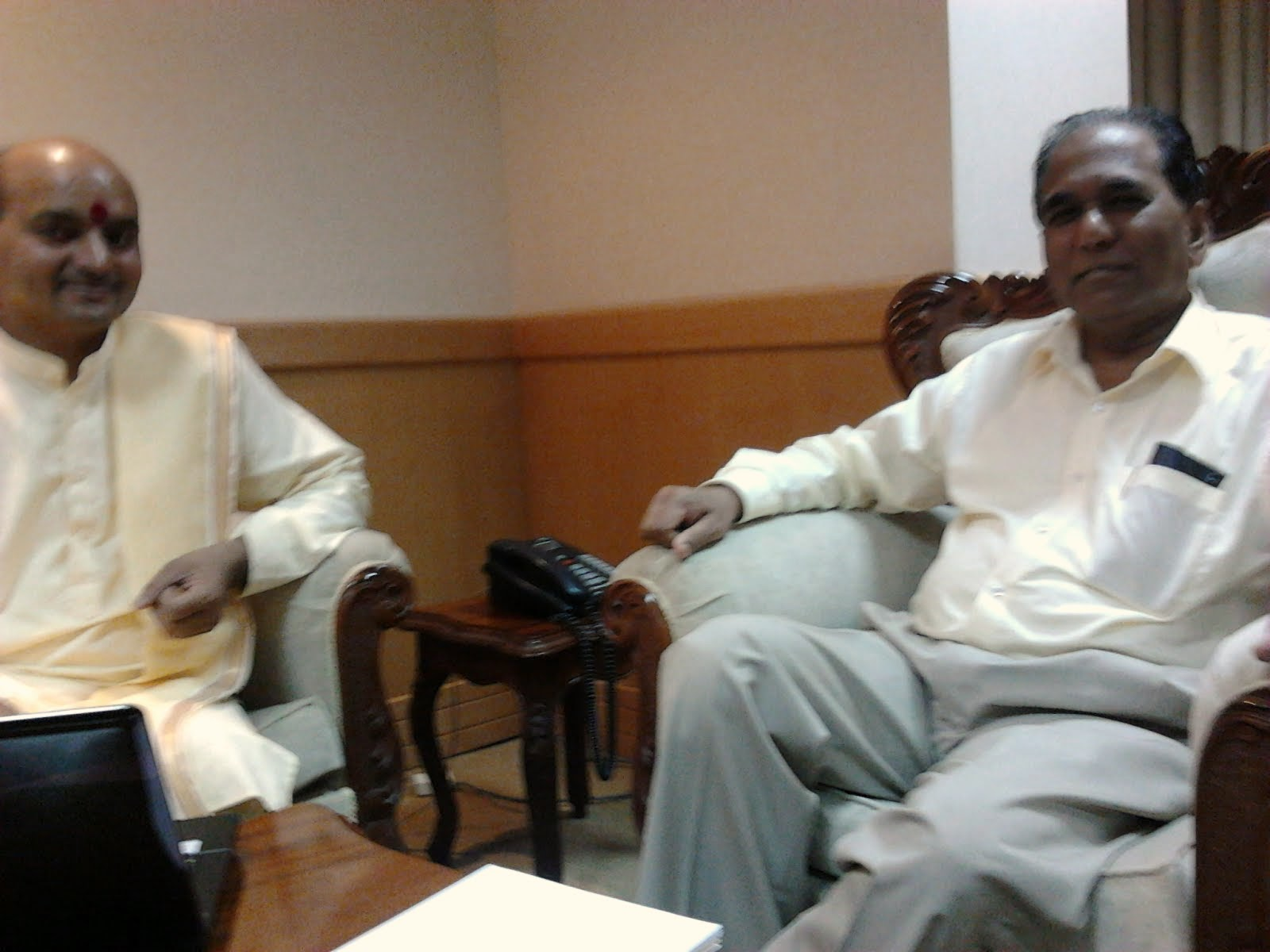 Meeting with The Hon Anil Kumar BACHOO, GOSK, Minister of Public Infrastructure in Mauritius