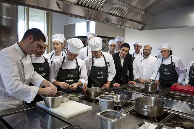 Escuela y cocina kuuk investigaci n for Cursos de cocina en badajoz