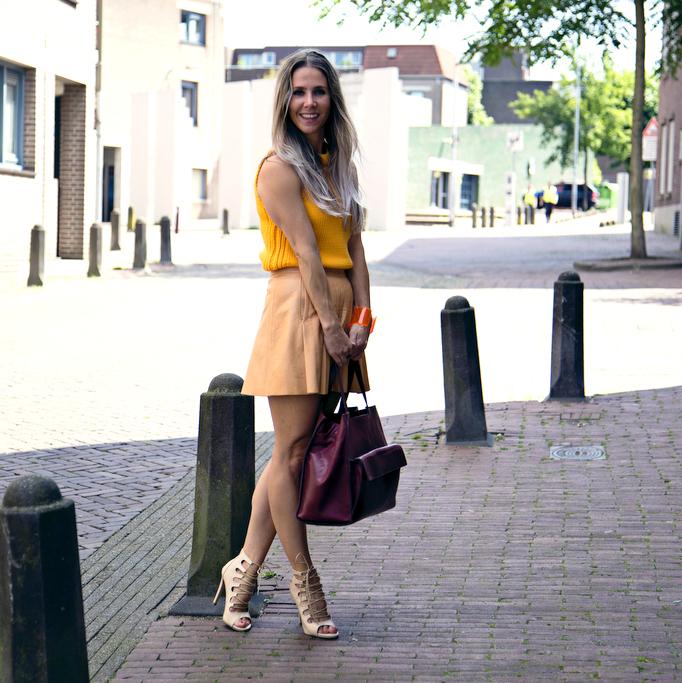 oranje camel leather skirt fashionblogger zara bag debbie hendriks stylofax trend 2016