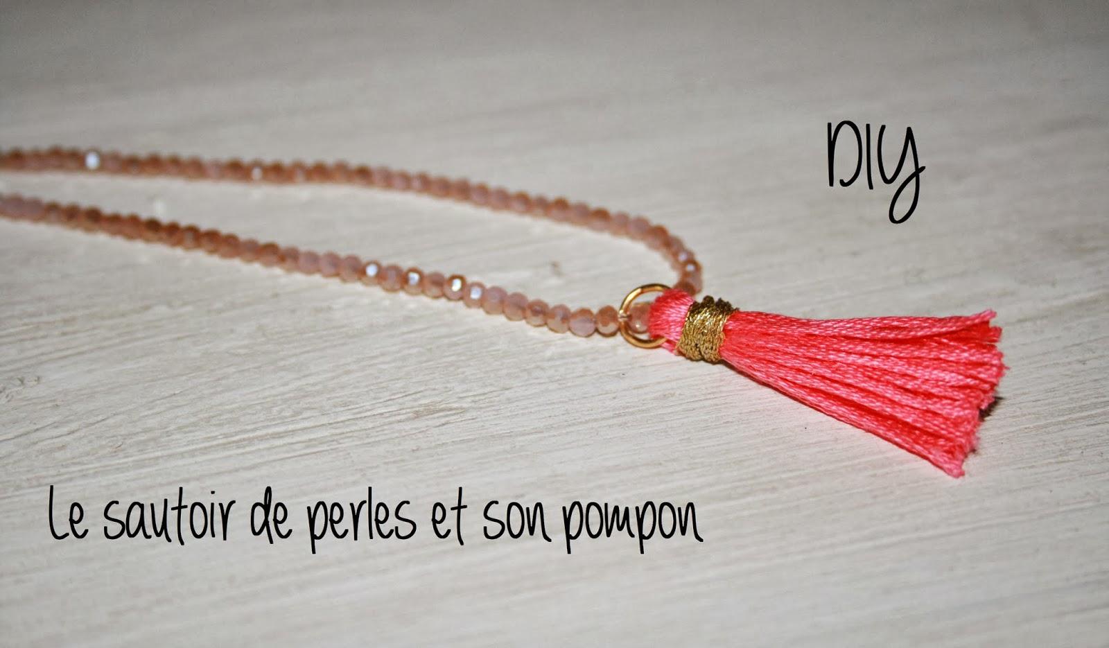 Le blog d 39 anastasia diy le collier pompon diy the - Quoi faire avec des pompons ...
