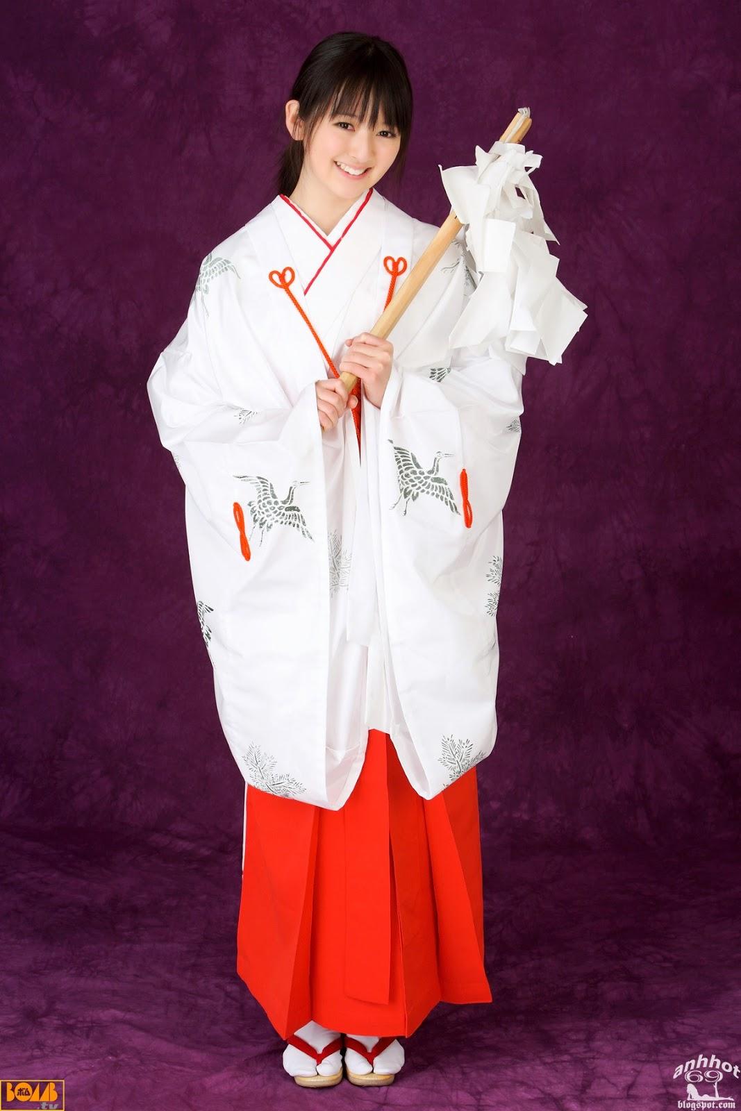 saki-takayama-01316337