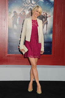 Jenna Elfman smiles at Rock of Ages red carpet Premiere