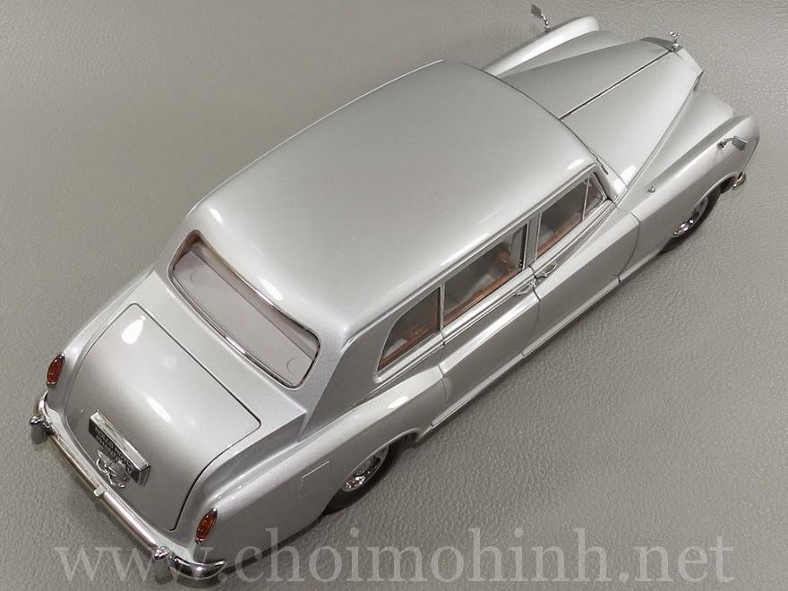 Rolls-Royce Phantom V 1964 1:18 Paragon up