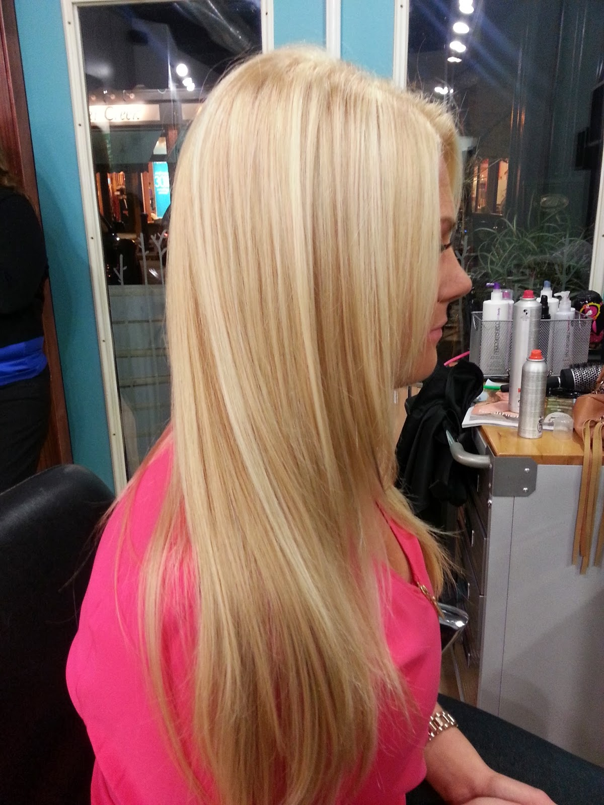 How to Add Lowlights to Blonde Hair  LEAFtv