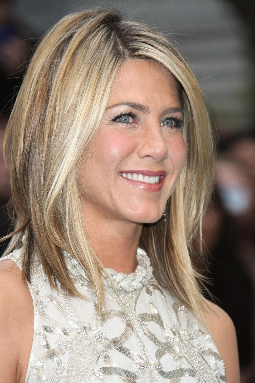 Short to Medium Length Hairstyles 2014