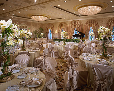 We Are Being Asked To Design A Paris Theme Reception For Couple Who Got Engaged In Enjoy Some Of These Images Found Them