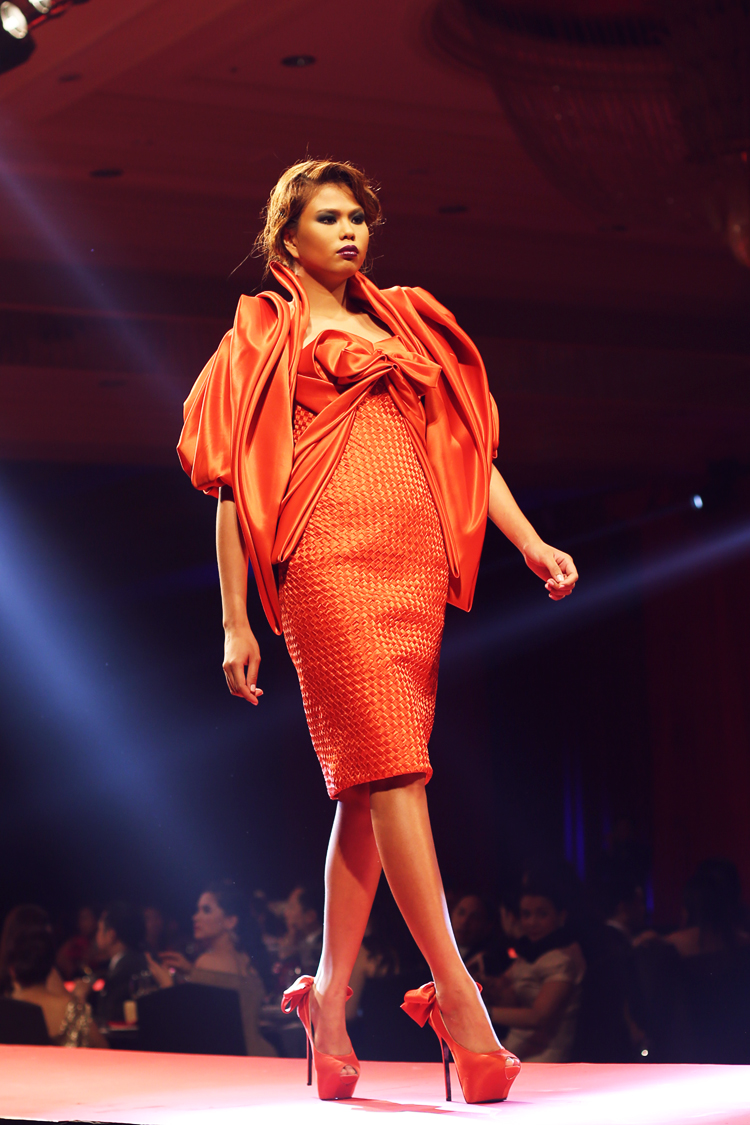 Inspired by nothing but the Greatest (Cary Santiag...Cary Santiago, Fashion, Fashion Collection, Fashion Inspiration., Fashion Photo, Red Cross Ball, Runway