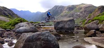 Εκπληκτικό βίντεο για τους λάτρεις του mountain biking