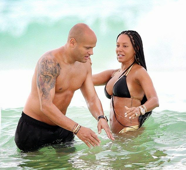 On Thursday, September 11, 2014, Melanie Brown and husband, Stephen Belafonte hit the beach in Mexico, where the two were spotted having fun as ever while strolling hand in hand.