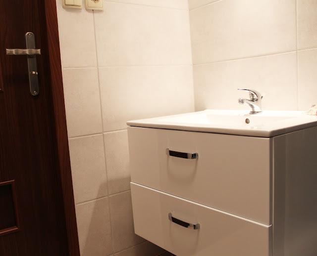 szafka wisząca pod umywalkę DIy zrób to sam,wyremontuj łazienke, jak tanio zrobić remont