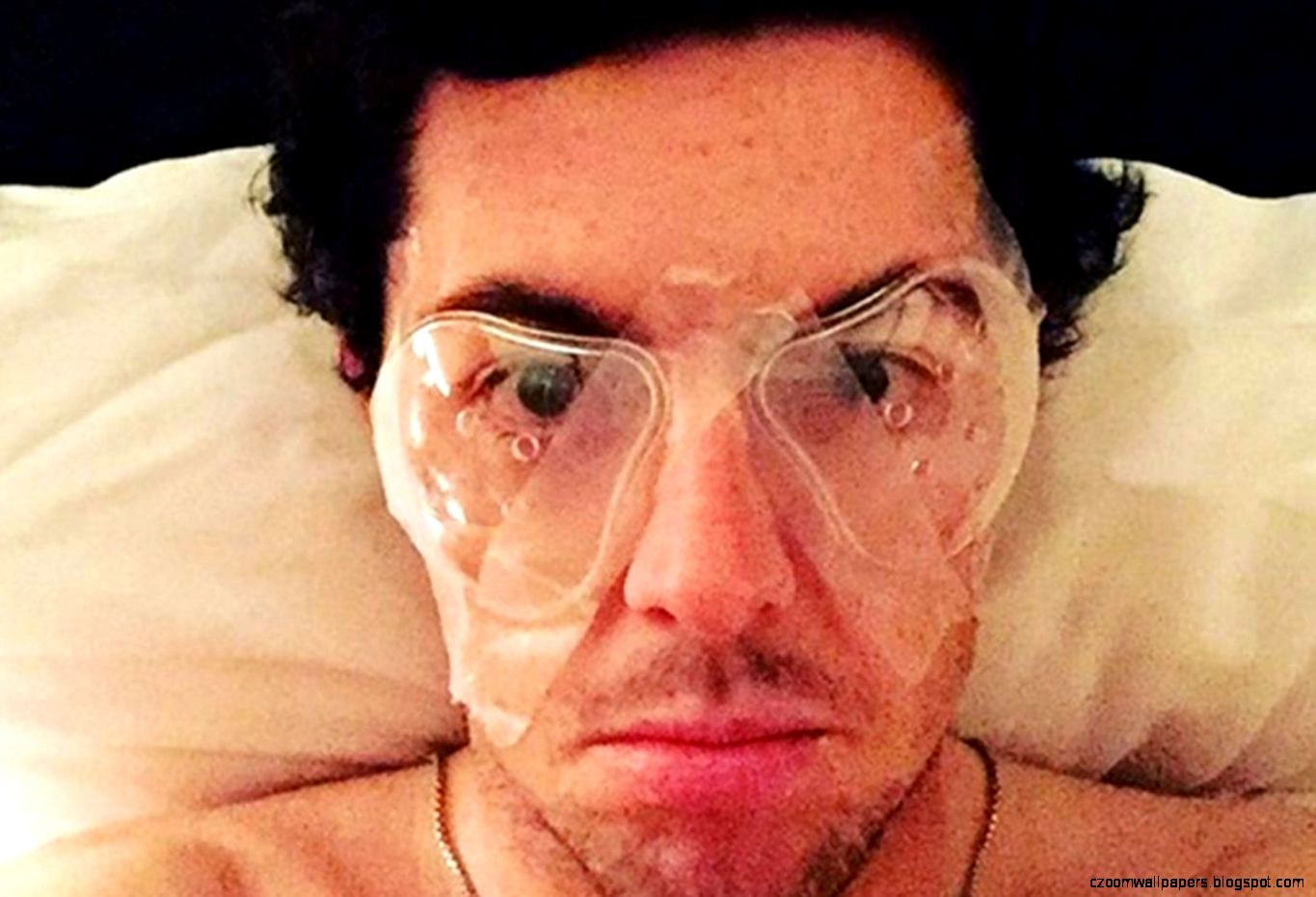 Leading surgeon reckons Rory McIlroys laser eye surgery is an