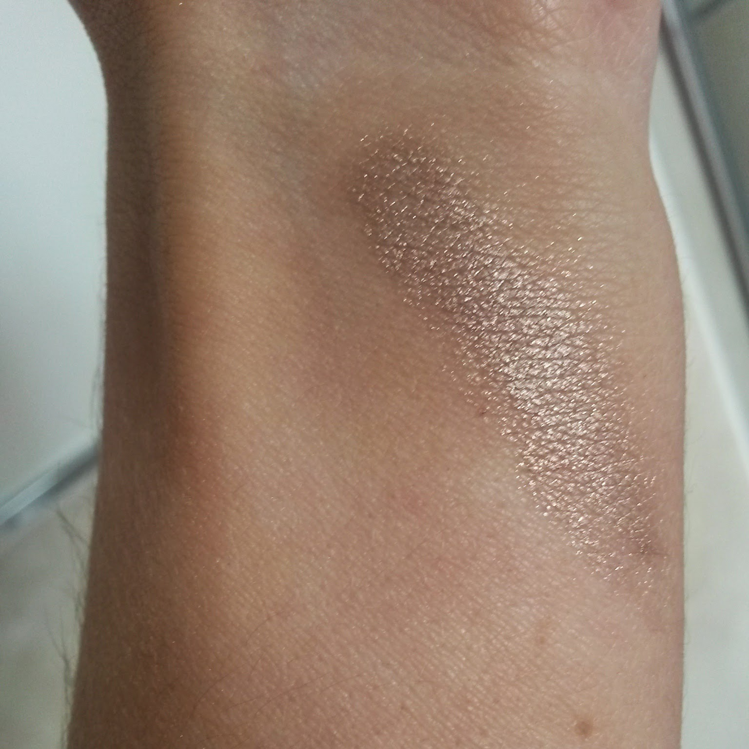 Max Factor Excess Shimmer Eyeshadow Swatch Copper