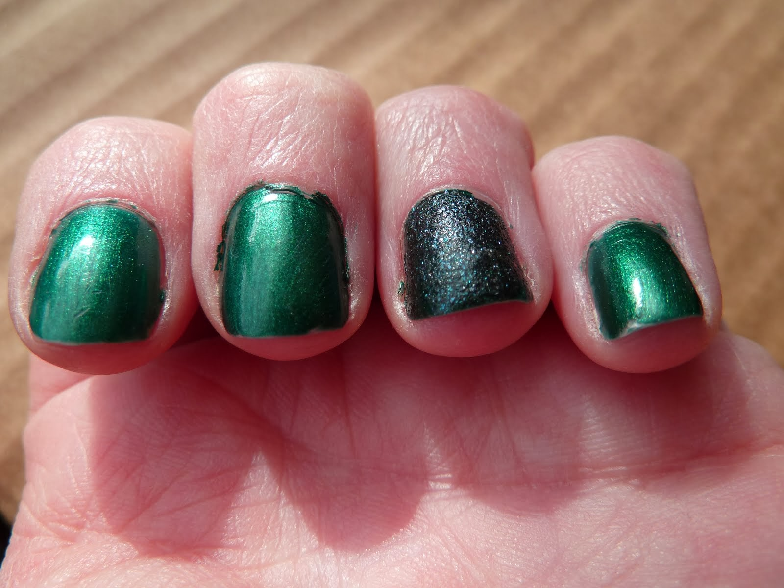 Vernis du moment  (Green Effect))