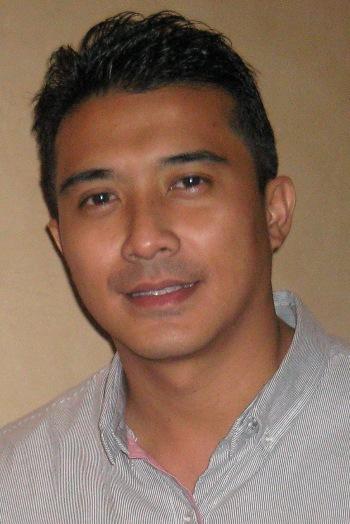 Aaron Aziz Pelakon Hot Filem Malaysia