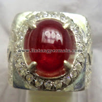Batu Permata Ruby Pigeon Blood