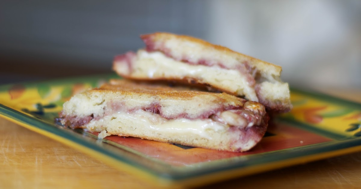 Carrie's Experimental Kitchen: Brie & Raspberry Jam Panini