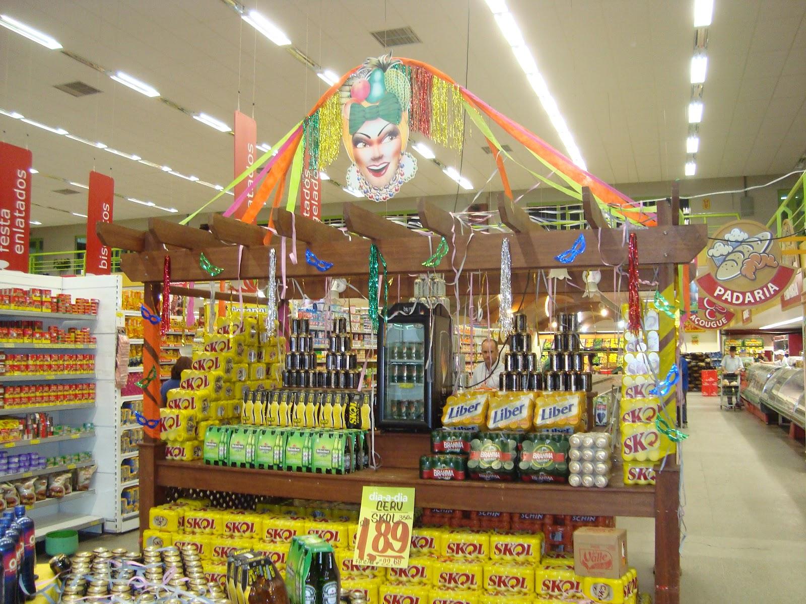 Peruzzo& Sociedade Fevereiro 2012 -> Decoração De Loja Carnaval