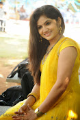 New Actress Noorjahan Photos in Yellow-thumbnail-2