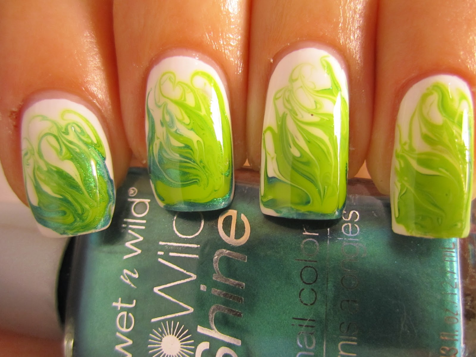 The Bloomin\' Couch: Toothpick / needle nail art