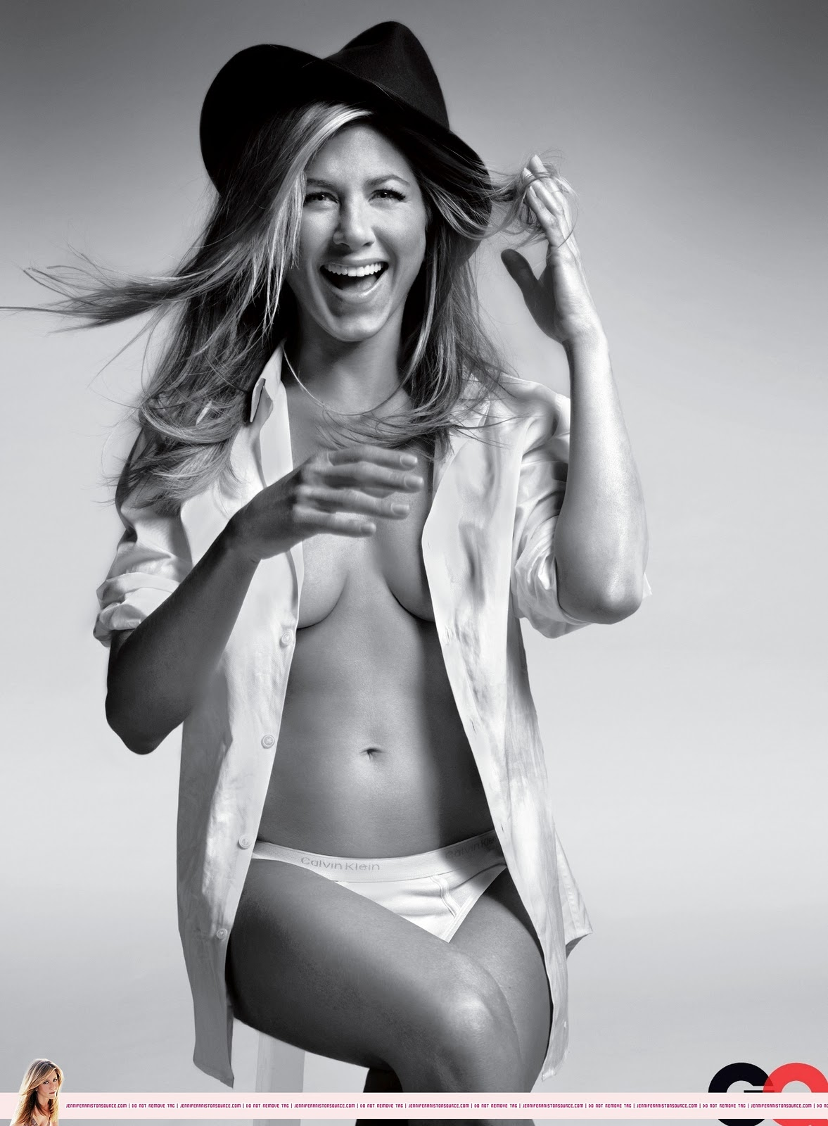 http://3.bp.blogspot.com/-VGUW5oU7ojo/TnVT1mrcRiI/AAAAAAAAHtw/qDwWqcrhAlI/s1600/Jennifer+Aniston+topless+para+GQ.jpg