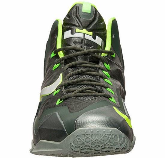 ajordanxi\u0026#39;s Sneaker World: Nike LeBron 11 \u0026quot;Dunkman\u0026quot; Mica Green/Sea Spray-Dark Mica Green-Volt Release Reminder